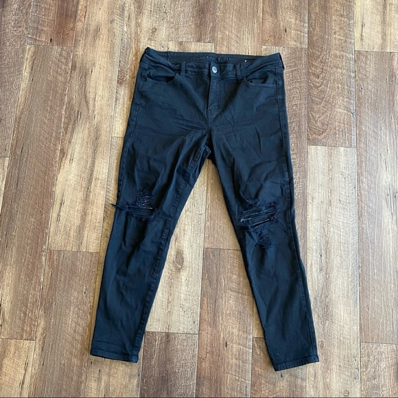 American Eagle black distressed jeans size 16
